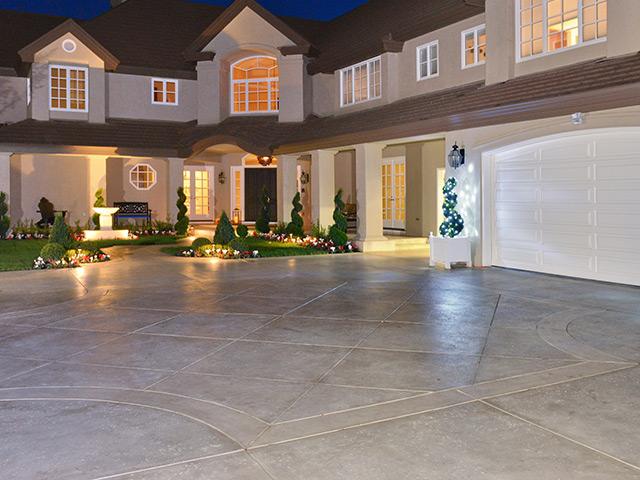 Stamped Concrete Driveway & Walkways